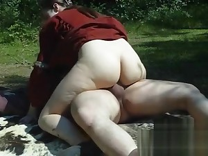 Gender Vikings alongside the woods with creampie - Nadine Cays rides the old bushwa