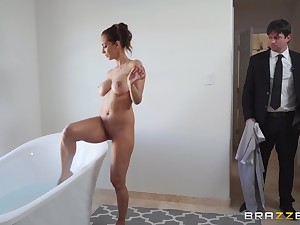 Cury Latina MILF Isis Be in love with gets cum on face after riding cock wildly