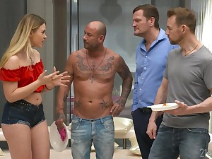Two dicks one crack is everything blond seductress Selvaggia dreams about