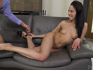 Teen Nanny Office-seeker Takes One-Eyed Snake In Anus - lexi layo